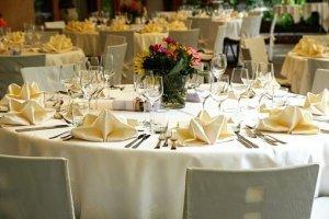 tablecloth_3336687__340